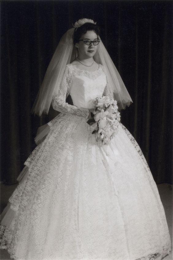 1000 ideas about 1960s wedding dresses on pinterest Wedding dress 1960