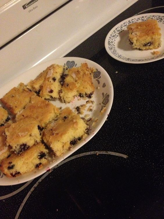 Made blueberry bread with mommy❤