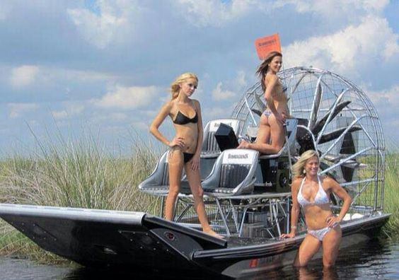 hot xxx girls and boats