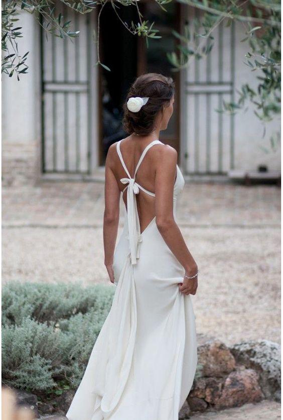 Robe de mariée dos nu / backless wedding dress