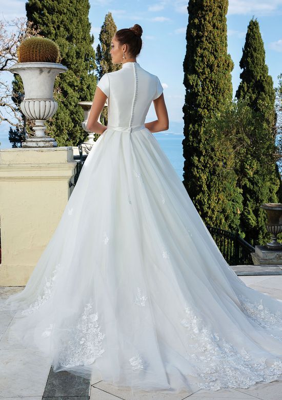 Justin Alexander Style 88132 Ball Gown Skirt Lace Ball Gowns Island Wedding Dresses