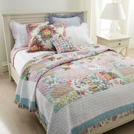 Love the pillows and the quilts