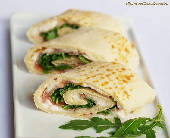 Italian food - Piadina stracchino e rucola
