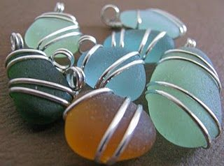 Sea Glass Jewelry...beautiful wire wrapping!