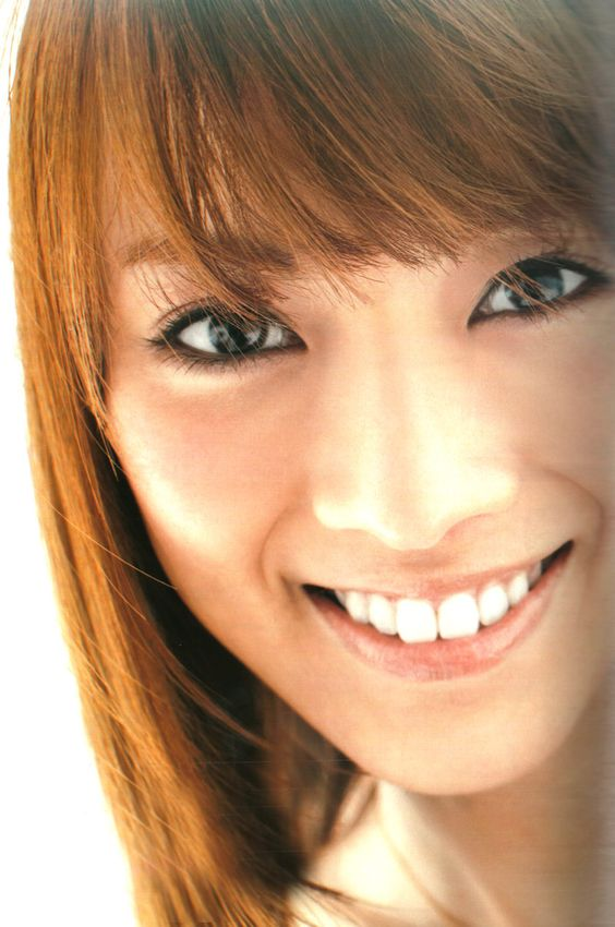 Cool smile Mew Azama