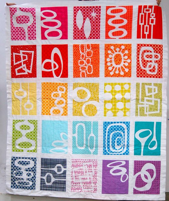 Love this retromodern quilt by Heather Joy #quilting #patterns