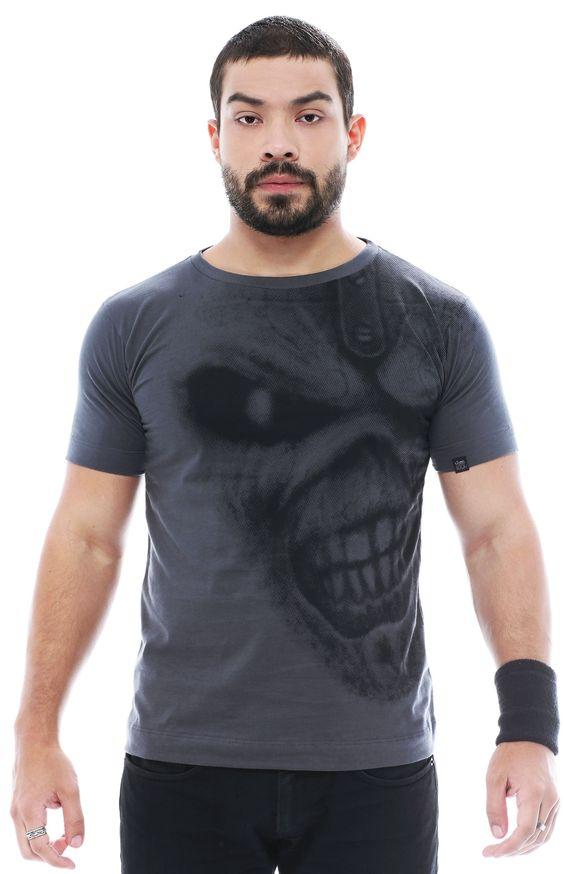 Camiseta Gola Redonda Iron Maiden by Santo Rock