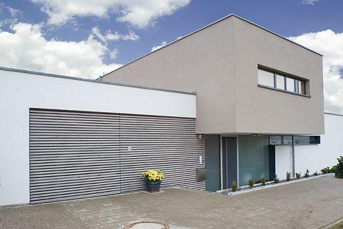 Fassadenfarbe modern  Flächenbündige Garagentore | gates | Pinterest | Fassaden ...