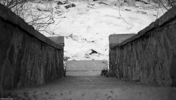 Stairway to a frozen Poquessing Creek from Glen Foerd Estate in #Philly