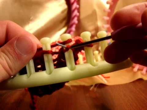 loom round loom and loom knit on pinterest. Black Bedroom Furniture Sets. Home Design Ideas