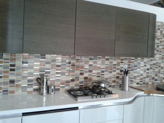 Mosaiquillos como revestimiento de paredes de cocinas - Revestimientos para paredes de cocina ...