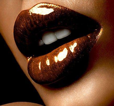 Bronze SHINY lips: