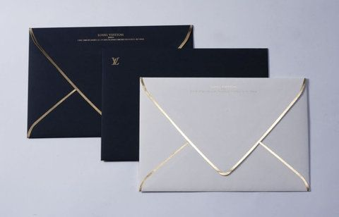 gold bordering - a perfect touch to those to-die-for wedding invitations, save the dates, thank you cards, etc etc