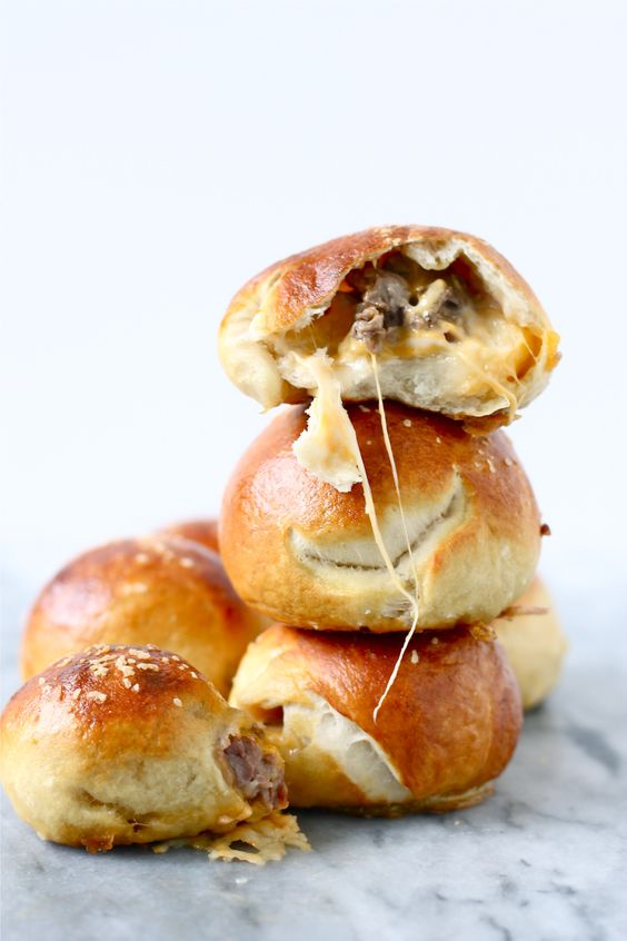 Steak and Cheese Stuffed Pretzel Bites / perpetually hungry