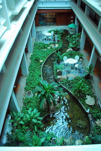Jardín interno + lake + Diseño de interiores