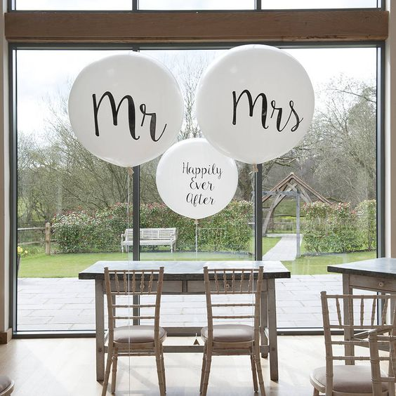 Mr And Mrs Giant Balloons: