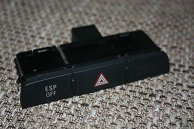 Gut erhalten Audi Q7 Mehrfachschalter Warnlicht Warnblinkschalter ESP Airbag OFF 4L1927137A Audi Q7 Mehrfachschalter Warnlicht Warnblinkschalter ESP Airbag OFF 4L1927137AHinweis: Dieser Artikel ist GEBRAUCHT. 100% Originalfotos und Zustandsbe... Mehr gibt es auf http://www.gebrauchtplatz.de/produkt/audi-q7-mehrfachschalter-warnlicht-warnblinkschalter-esp-airbag-off-4l1927137a/