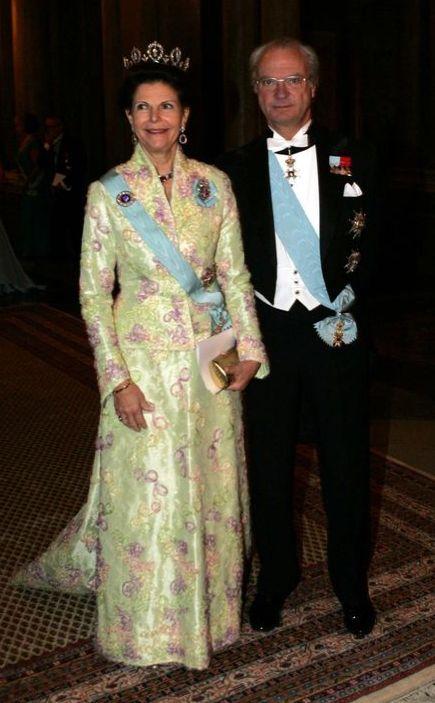 Carlos XVI Gustavo y Silvia