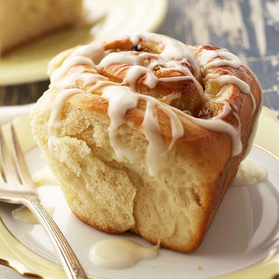 Orange-Honey Sweet Rolls made with healthy ingredients so you don't have to feel guilty when you decide to eat more than one!