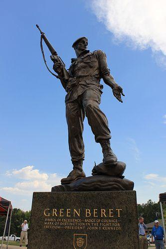 Green Beret Statue at Fort Bragg, NC