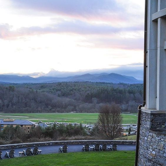 Enjoy a peaceful afternoon overlooking the Blue Ridge Mountains at The Inn on #Biltmore Estate.