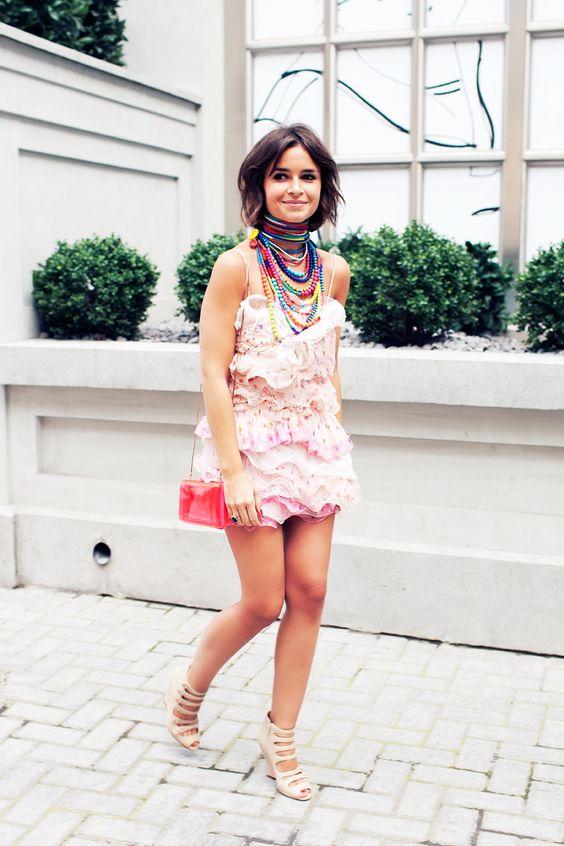 miroslava duma love the dress hate necklaces. It's a bit kitschy
