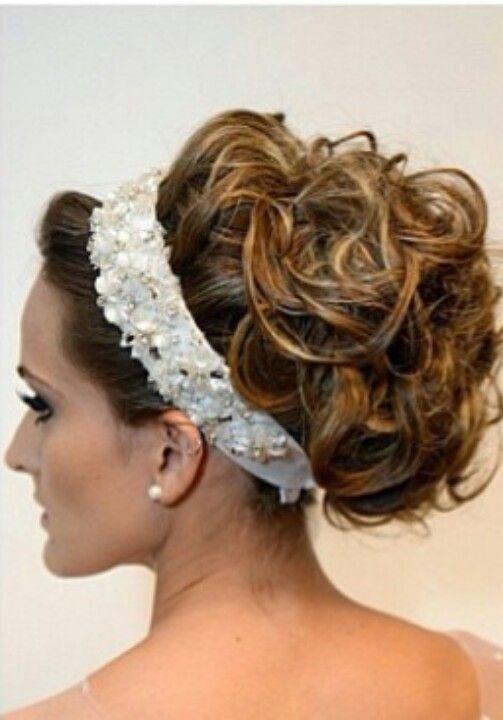 Noiva: Bridal Hairstyles, Ornaments, Bride, Hair