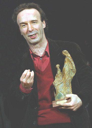 "Italian actor and director Roberto Benigni won an award in Terni in the ""Events Valentine"""