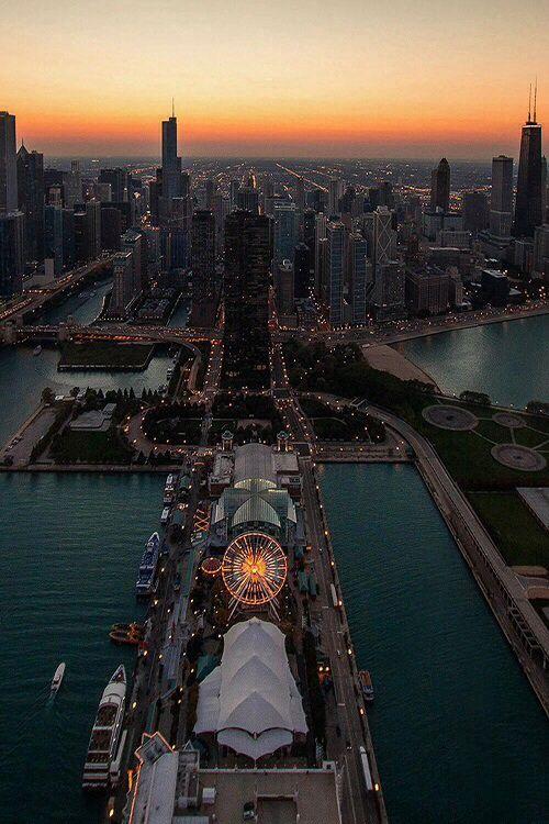 the navy pier in chicago.