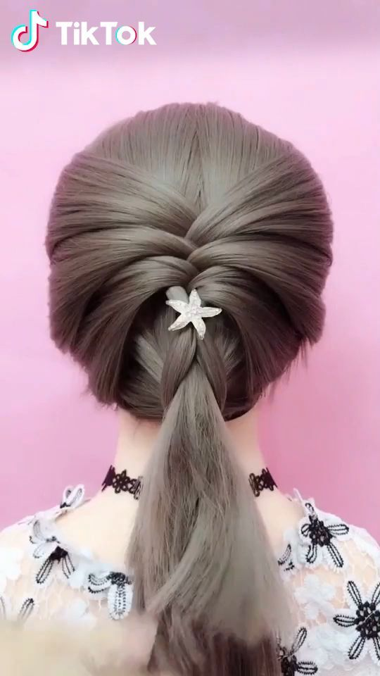 Super Easy To Try A New Hairstyle Download Tiktok Today To Find More Amazing Videos Also You Can Post Videos To Show Uzun Sac Kendin Yap Sac Sac Ipuclari