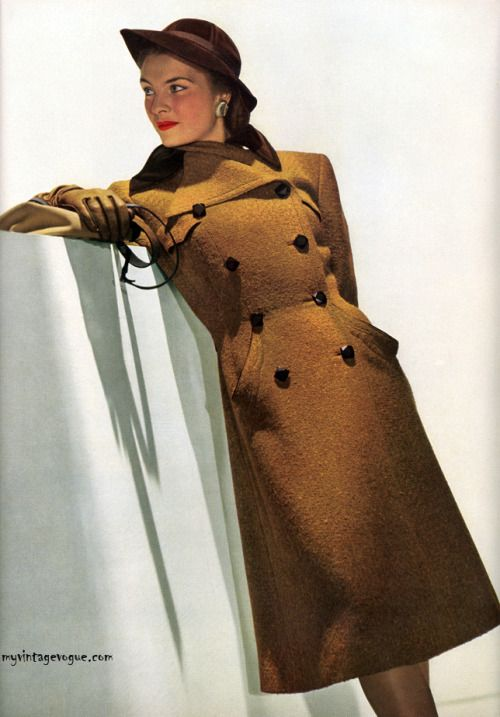 Vogue Aug 1943 - photo by John Rawlings Conde Nast Archive