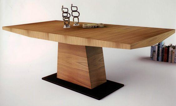 Mesa de comedor dise o nico mesa de comedor de madera for Mesa comedor pata central