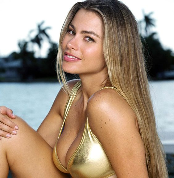 reese latina women dating site You like your women hairy if you would rather pick a natural girl over the one that hurts her body and makes it artificial, this is a place for you, hirsute dating.