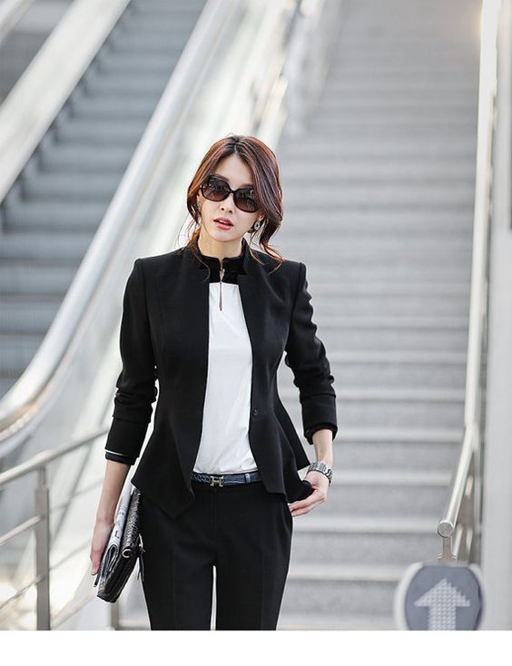 Business fashion Work outfits and Classic work outfits on Pinterest