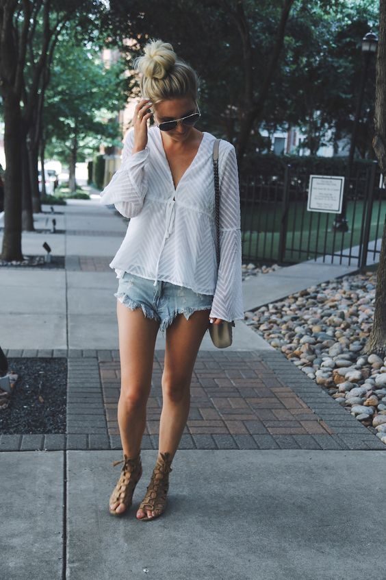 Flared sleeves with cutoffs