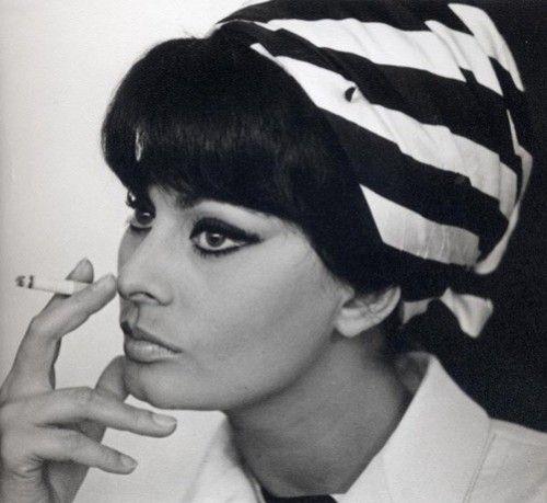 Pañuelos, turbantes y sombreros: accesorios del verano para la cabeza: