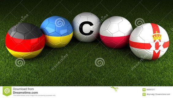 UEFA-EURO 2016 Bälle Mit Der Flagge Von Gruppe C Deutschland Ukraine PO Redaktionelles Stockfotografie - Bild: 68281217