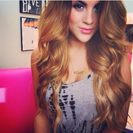 Love this colour & soft waves