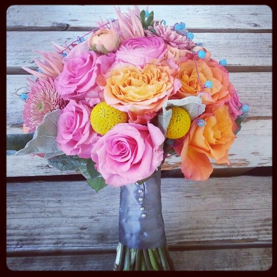 Fun, bright bridal bouquet by @bellefleure #flowers