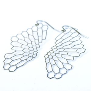 Founded in 2007 by two MIT alumni, Nervous System creates jewelry inspired by the intricate forms of nature, from tiny sea creatures to the veins of leaves. Its digital designs are generated by a system that mimics organic patterns—then 3D printed in materials like nylon and stainless steel.