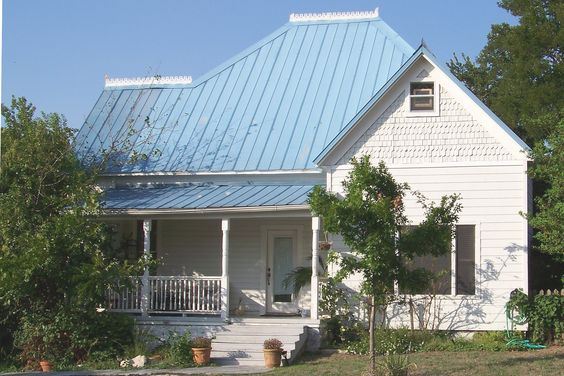 Best This Frame House With A Blue Metal Roof Was Built For H L 400 x 300