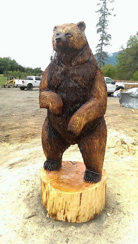 Finished with 8ft Brown Bear. Coloring on this bear is more of a southwest Alaskan color. Blond back and walnut colored front. $4500 8 ft boz ayı ile tamamlandı. Bu ayı üzerinde boyama güneybatı Alaskan renk değil. Geri sarışın ve renkli ceviz açık. 4500 $