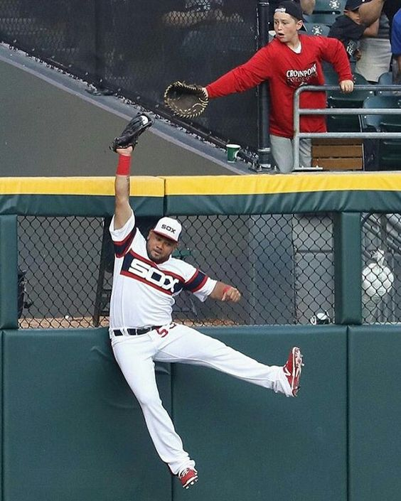 White Sox Melky Cabrera robs Cubs Kris Bryant of a home run