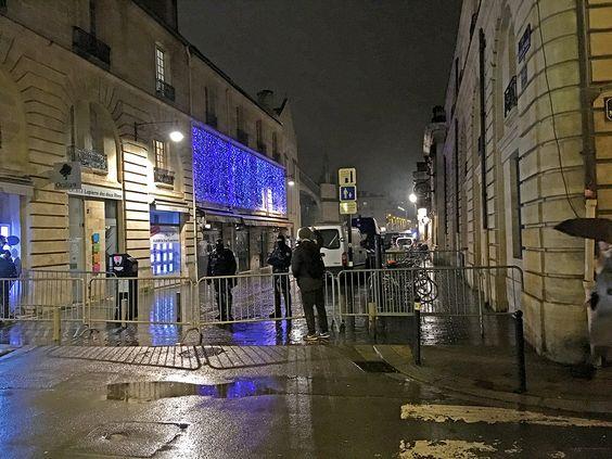 Перекрытие спецназом улицы в Бордо