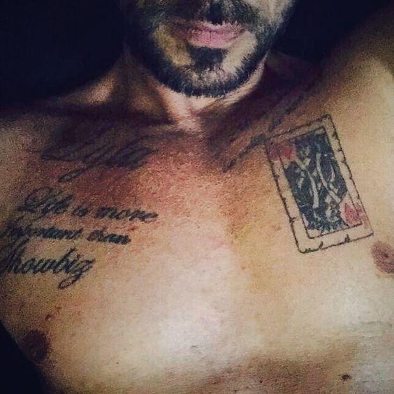 """#CostantinoVitagliano Costantino Vitagliano: """"I tatuaggi sono come storie. Simboleggiano i momenti importanti della tua vita."""" Buongiorno a tutti!!⏰ #casavitagliano #milanomarittima #goodmorning #wakeup #sundaymorning #happysunday #home #relax #tattoo #ink #tatuaggi #mystory #costantino #siviveunavoltasola"""