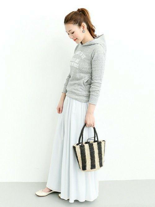 ROSSO|Hamaさんのスカート「ROSSO リバーシブルマキシスカート」(ROSSO|ロッソ)を使ったコーディネートです。