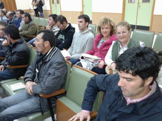 socios cooperativistas de Espemon en las segundas jornadas técnicas celebradas en el centro del IFAPA en Hinojosa del Duque
