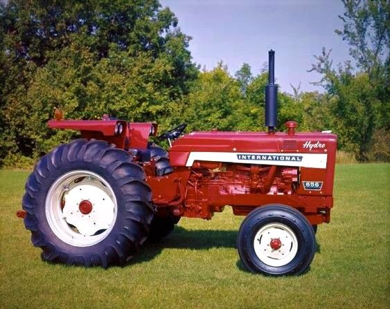 International 656 Hydrostatic Tractor Tractors International Tractors Farmall Tractors