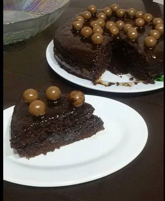 كيكة شوكولاتة بالصوص سهلة وسريعة التحضير Desserts Food Food And Drink