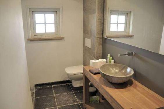 Voorbeeld kleine badkamer kleine badkamer pinterest toilets and met - Klein badkamer model ...